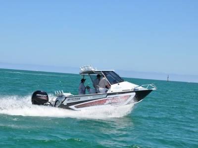 2017 Mercury Marine® Fourstroke 150 HP Base   Leaders RPM